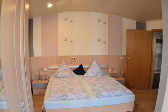 schlafzimmer2-60qm